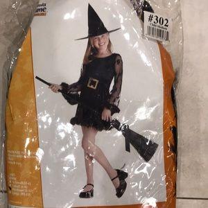 Costumes - Adorable witch
